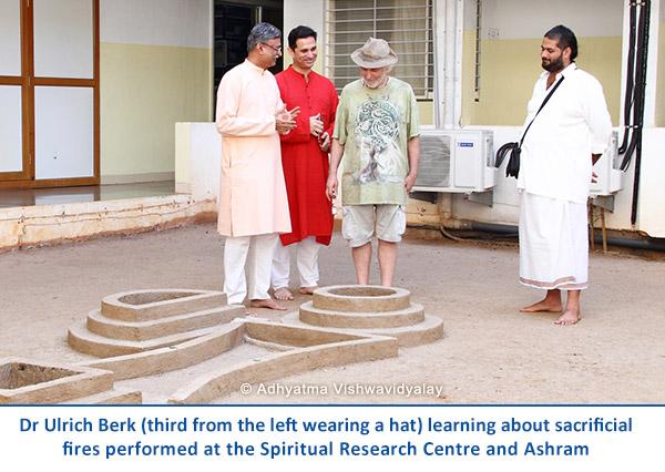 Dr-Berk-in-ashram